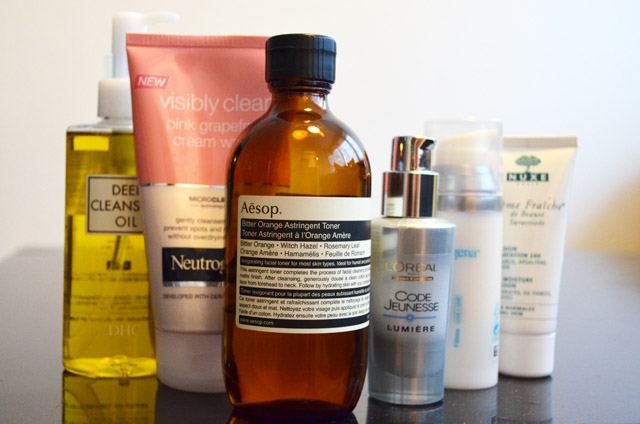 mercredie-blog-mode-routine-soins-visage-layering-mille-feuilles-huile-dhc-neutrogena-aesop-orange-amere-nuxe-creme-fraiche-serum-loreal-peggy-sage-lotion