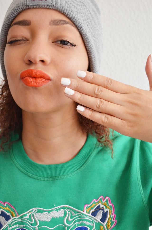 mercredie-blog-mode-beaute-ongles-manucure-semi-permanente-gel-maison-my-trendy-kit-mytrendykit-carharrt-make-up-for-ever-rouge-artist-orange-kenzo-sweat-tiger-tigre-sweater
