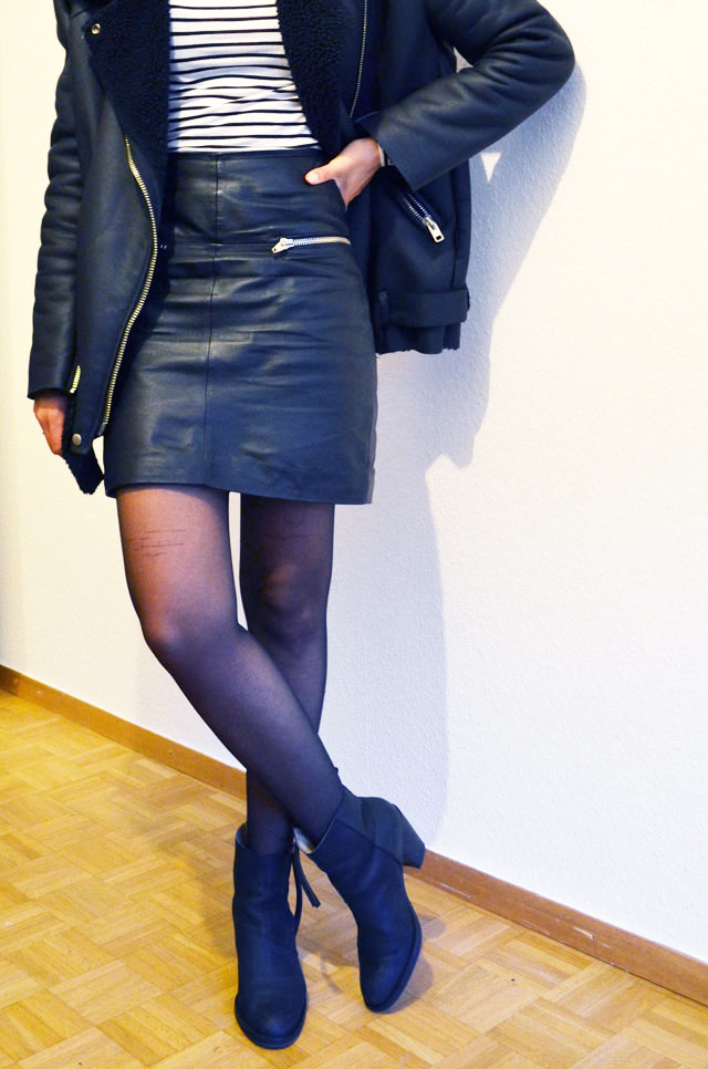 mercredie-blog-mode-geneve-suisse-mariniere-jupe-cuir-leather-skirt-pistol-acne-boots-stylenanda-shearling-jacket
