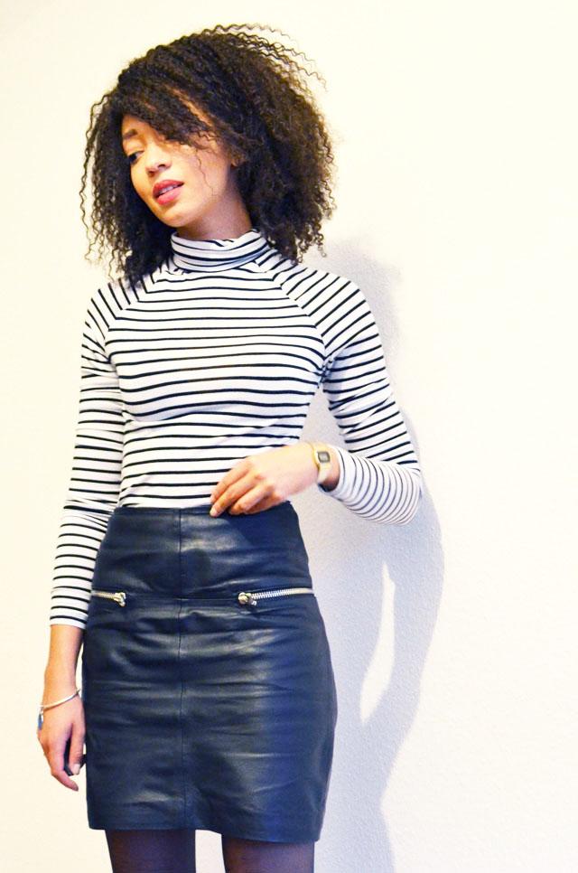 mercredie-blog-mode-geneve-suisse-mariniere-jupe-cuir-leather-skirt