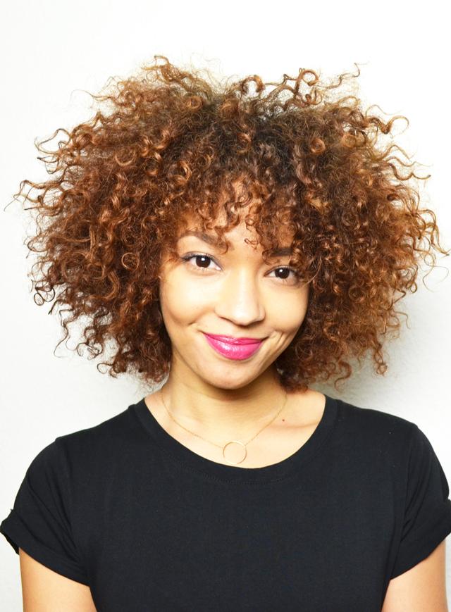 mercredie-blog-cheveux-afro-metisse-se-couper-ses-cheveux-soi-meme-hair-cut-trim-technique-pointes-boucles-nappy-naturels4