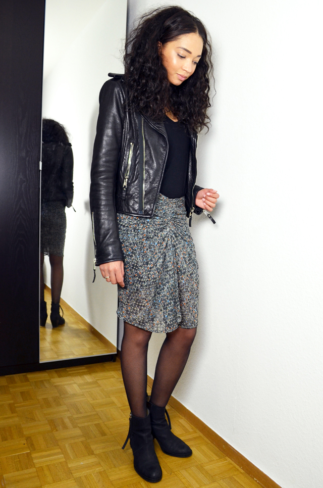 mercredie-blog-mode-suisse-geneve-fashion-blogger-bloggeuse-blogueuse-jupe-soie-isabel-marant-pour-hm-look-outfit-inspiration-skirt-silk-2013-balenciaga-perfecto-biker-leather-jacket-acne-boots-pistol-bottines2