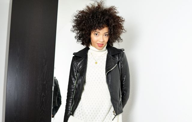 mercredie-blog-mode-suisse-geneve-perfecto-balenciaga-biker-leather-cuir-jacket-les-petites-col-roule-pull-afro-cheveux-frises