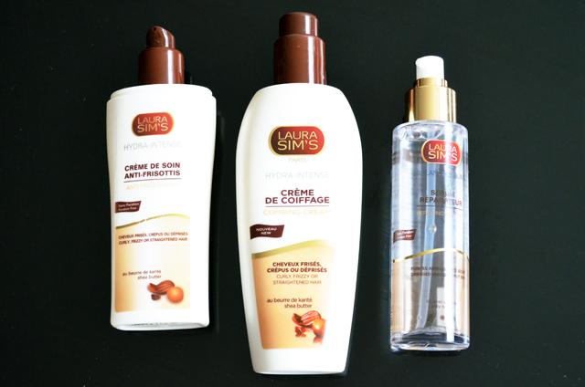 mercredie-blog-beaute-cheveux-frises-conseils-routine-capillaire-nappy-afro-laura-sims-test-produits-avis-creme-soin-coiffage-serum-pointes