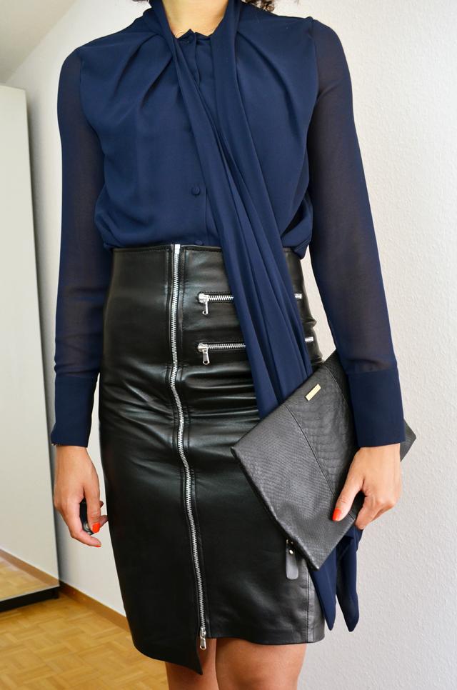 mercredie-blog-mode-geneve-jupe-bourbon-longue-slave-paris-cuir-bottines-h&m-2014-chemise-noeud-zara-pochette-bcbg-maxazria