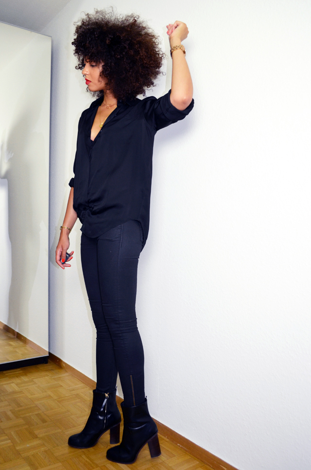 mercredie-blog-mode-geneve-suisse-fashion-blogger-switzerland-chemise-acne-shirt-silk-Patti-organza-trimmed satin-twill-black-slim-bottines-hautes-talons-h&m-2014-afro-hair-natural-curls-curly-nappy-cheveux-frises-blogueuse-bloggeuse2