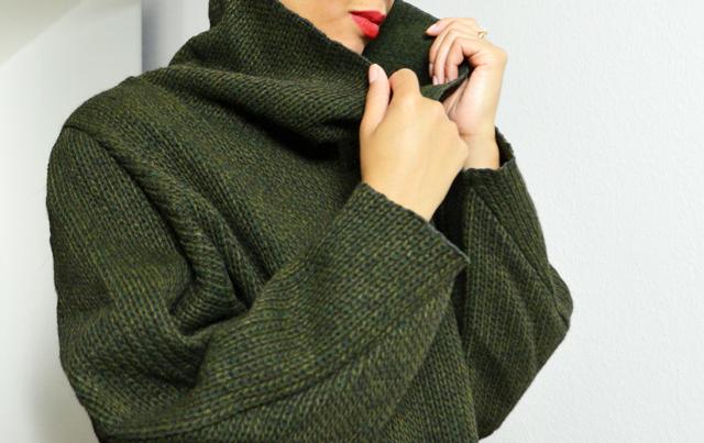 mercredie-blog-mode-pull-margaux-lonnberg-viktor-kaki-vert-jean-slim-t-shirt-marin-zara-red-lipstick2