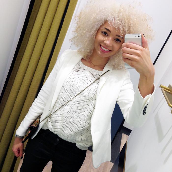 mercredie-blog-mode-geneve-123-boutique-1.2.3-paris-outfit-ootd-blazer-jean-enduit-sacoche-top-maille