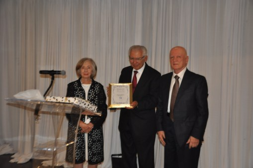 Honorees Mary and Dr. John Kassabin with Dr. Vahe Nalbandian, Chairman of he Board