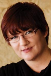 BOO!ks for October: Author Spotlight: Darynda Jones