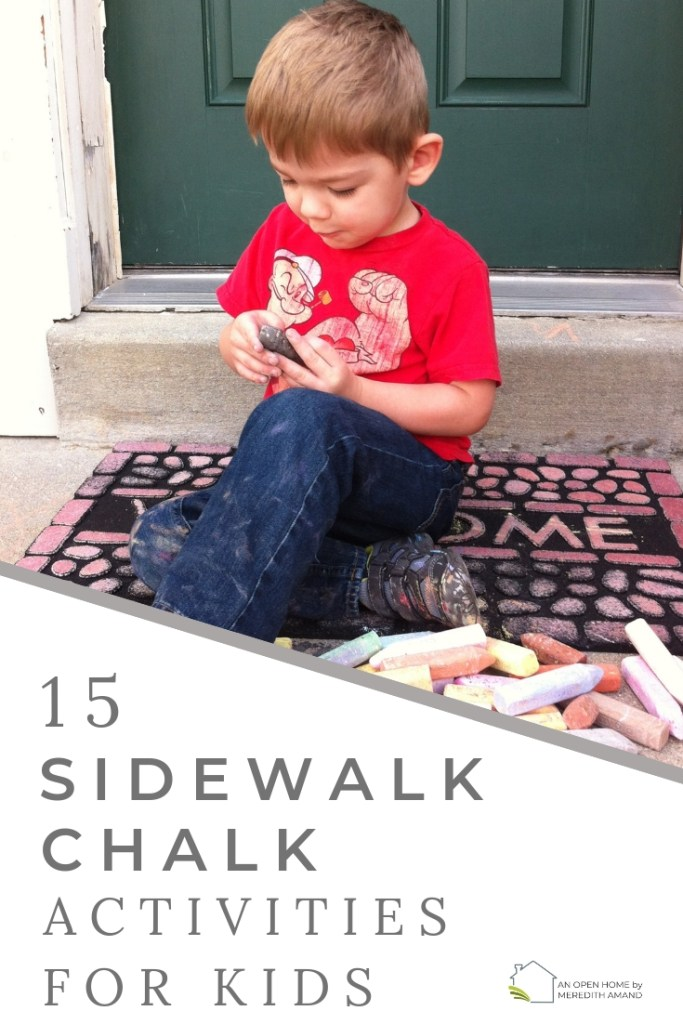 15 Sidewalk Chalk Activities for Kids - Learning and exercise sidewalk chalk games for toddlers, preschoolers and older children | MeredithAmand.com #learninggames #homeschooling