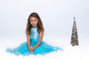 Family Christmas portrait - studio - princess