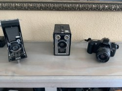 Canon Eos rebel GKodak Eastman film cameras Brownie target six-16
