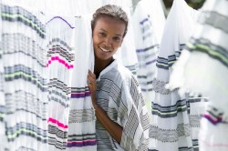 Ethiopian supermodel Liya Kebede Discusses Lemlem's New Home Goods Collaboration…