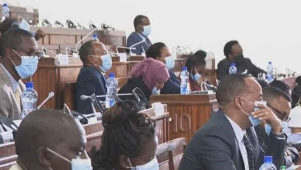 Ethiopian Parliament votes to cut off relations with Tigray Region's administration [video]