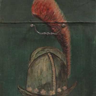 Coffre peint coté