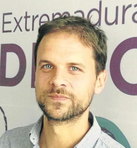 """""""Intento sumar y contribuir para que Extremadura sea un lugar donde pueda trabajar la gente y no se tenga que marchar nadie"""""""