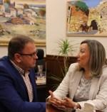 La directora del Museo nacional de Arte Romano realiza su primera visita institucional al alcalde