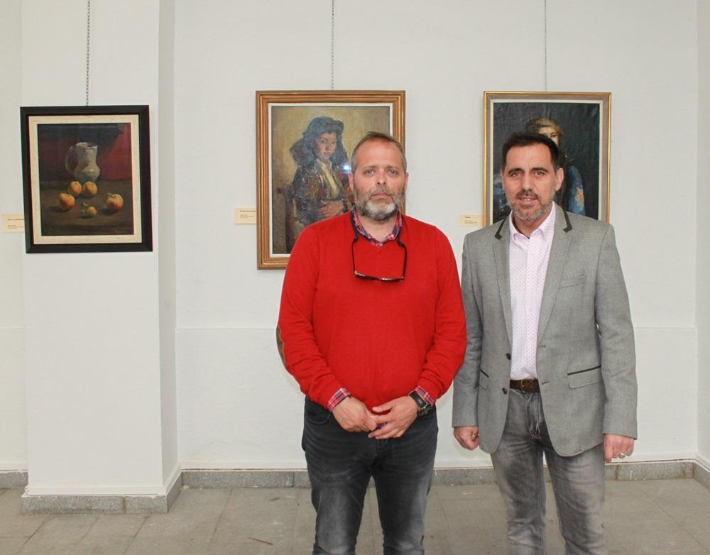"""El patio central del Ayuntamiento acoge la exposición """"Desde Mérida"""" de Xavier Blanch"""