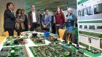 Fernández Vara apuesta por las renovables como sector alternativo a la energía fósil y como generador de empleo