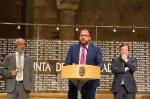 """Osuna : """"Este alcalde no va a dejar pasar la oportunidad de señalar con el dedo a los enemigos de Mérida"""""""