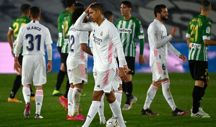 Real Madrid, REAL MADRID EMPATA Y ESTÁ LEJOS DE LA LIGA