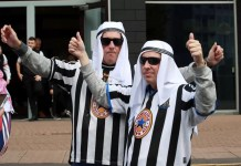 Njukasl-navijači-odeća