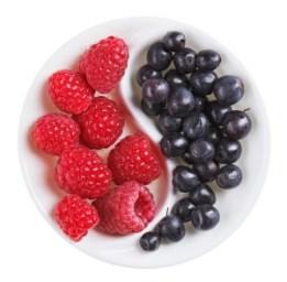 Berries Yin Yang 81595630