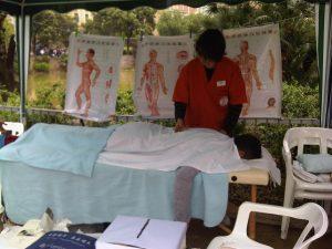 Demostración de masaje Tuina
