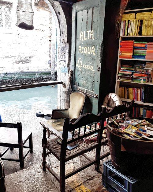 Libreria Acqua Alta - Venezia - 6