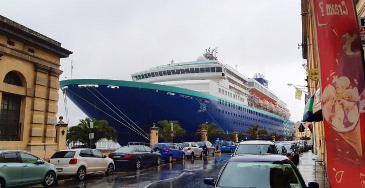lungomare terminal navi da crociera la Valletta Malta.jpeg