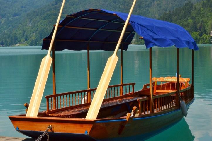 Lago di Bled - pletna.jpeg