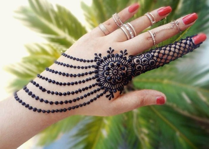 110 Back-Hand-Mehndi-Designs-for-Party