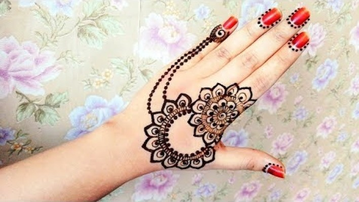 116 hand mehndi design back