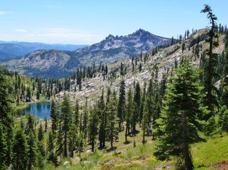 Sierra Buttes, Deer Lake