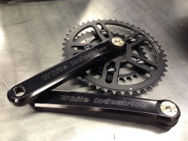 White Industries VBC crankset with 46/30 rings.