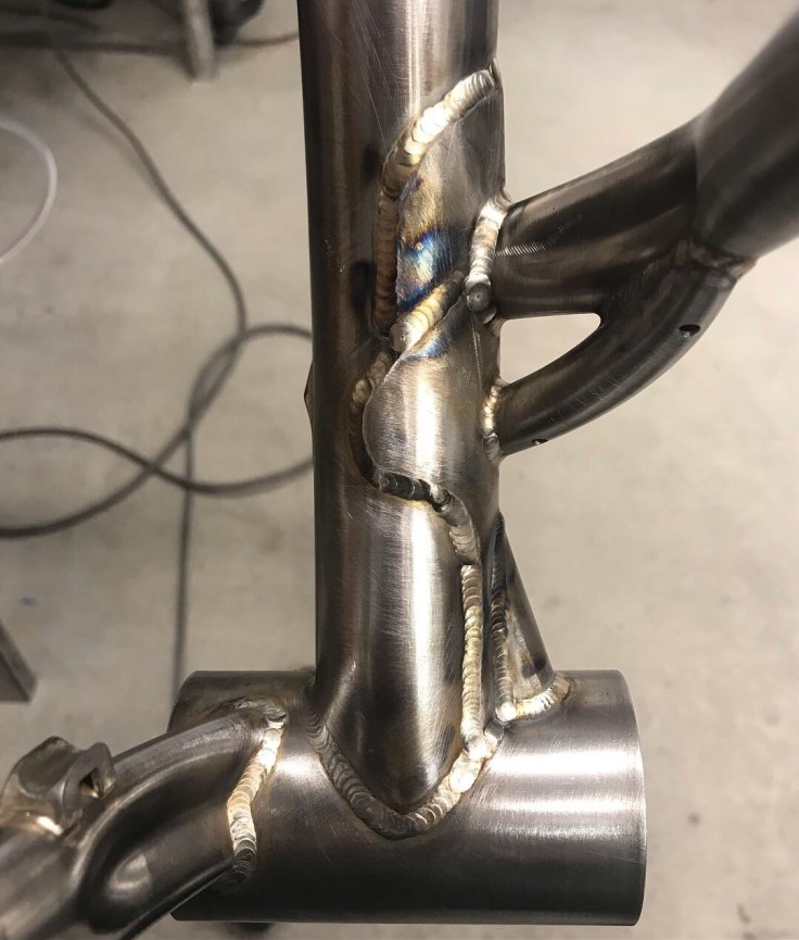 Gusseted-seattube-rear