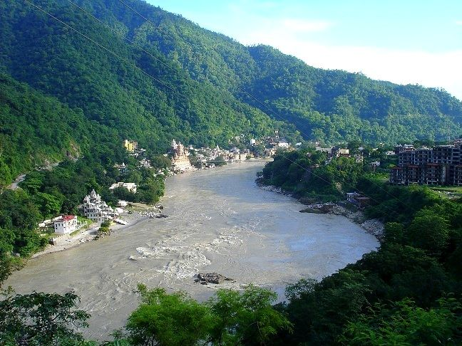 Ganga River at Rishikesh. Rishikesh, India. Photographic journey to India. Asociación Merkhaba.