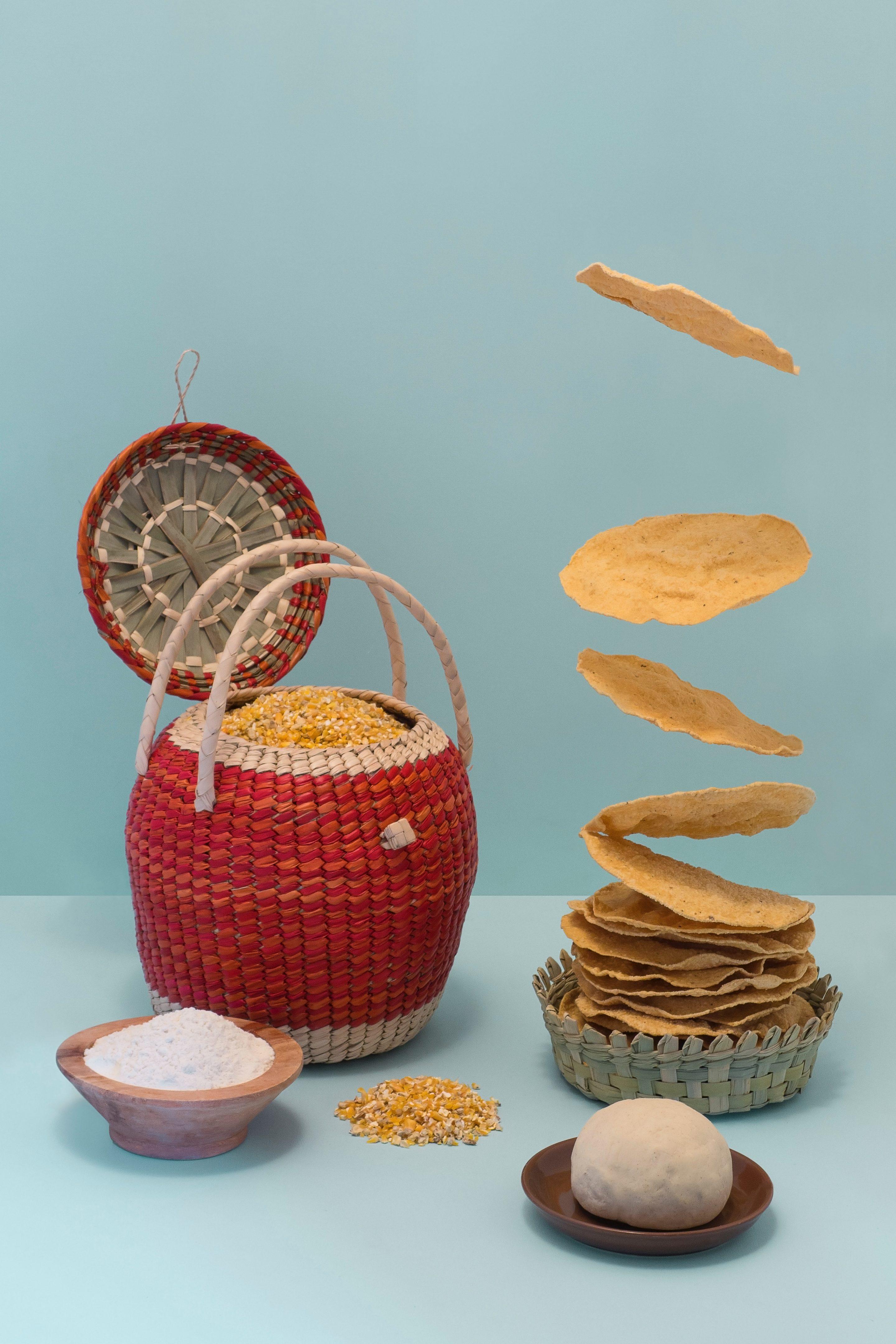 Oven Baked Tostadas Shells via @mermaidsandmojitos