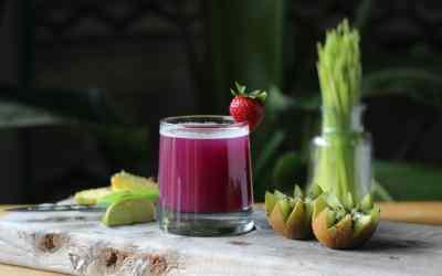 Hard Blackberry Sage Lemonade Cocktail