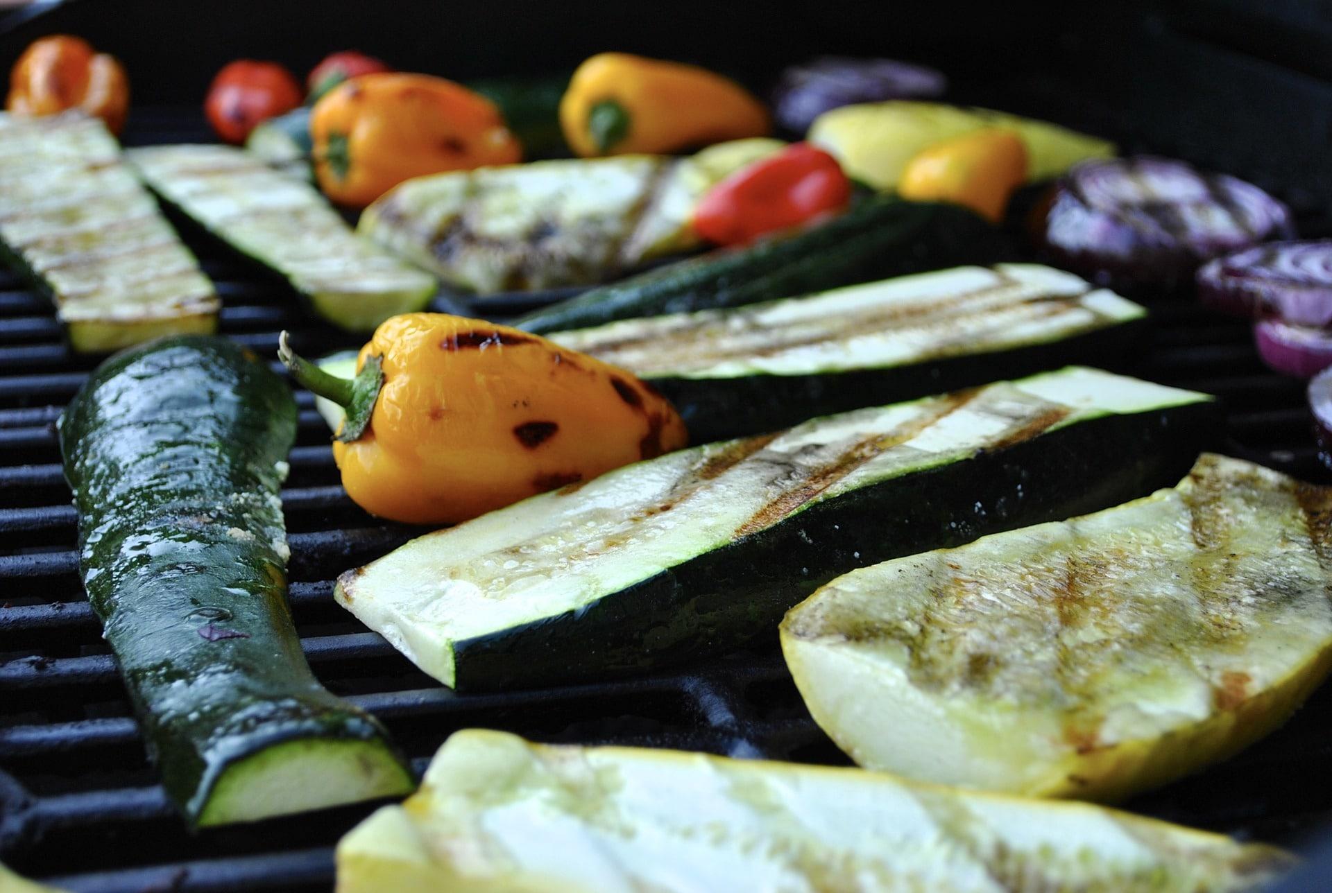 Grilled Zucchini, Squash and Asparagus Recipe via @mermaidsandmojitos