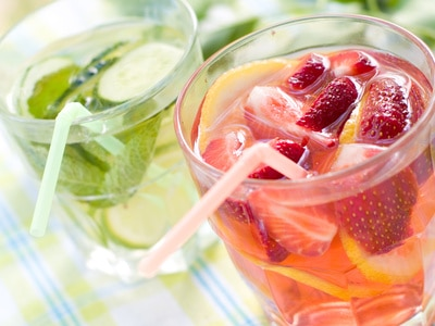 Simple Homemade Strawberry Lemonade
