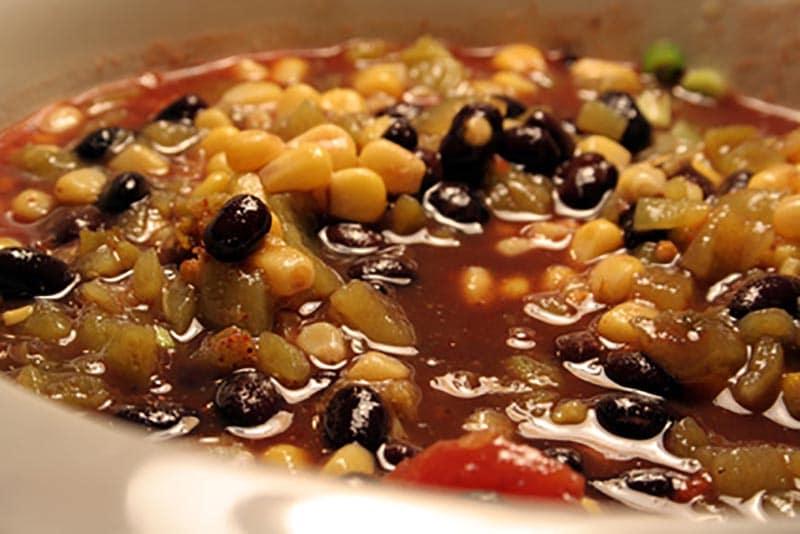 Smoked Salmon Black Bean Chili Recipe via @mermaidsandmojitos