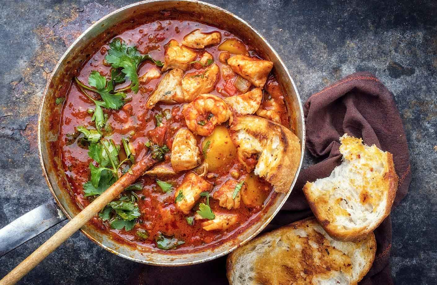 New Orleans Cajun Seafood Gumbo via @mermaidsandmojitos