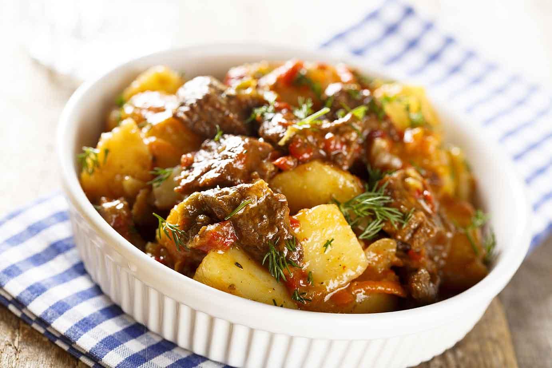 Irish Beef and Guinness Stew via @mermaidsandmojitos