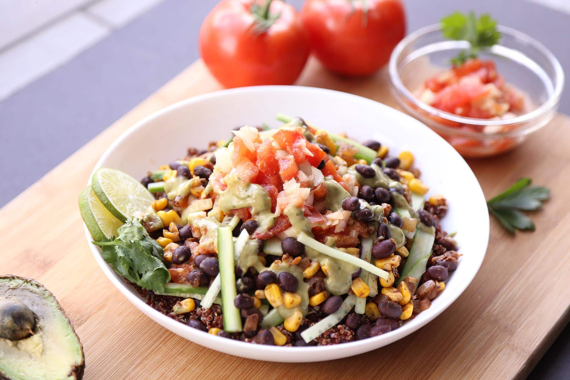 Grilled Mexican Street Corn and Black Bean Salsa via @mermaidsandmojitos