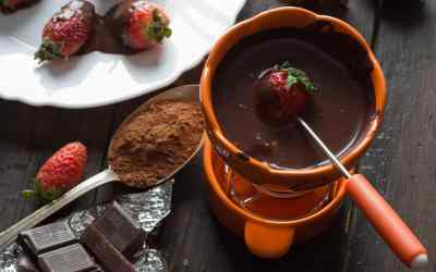 Easy Mexican Chocolate Kentucky Bourbon Fondue