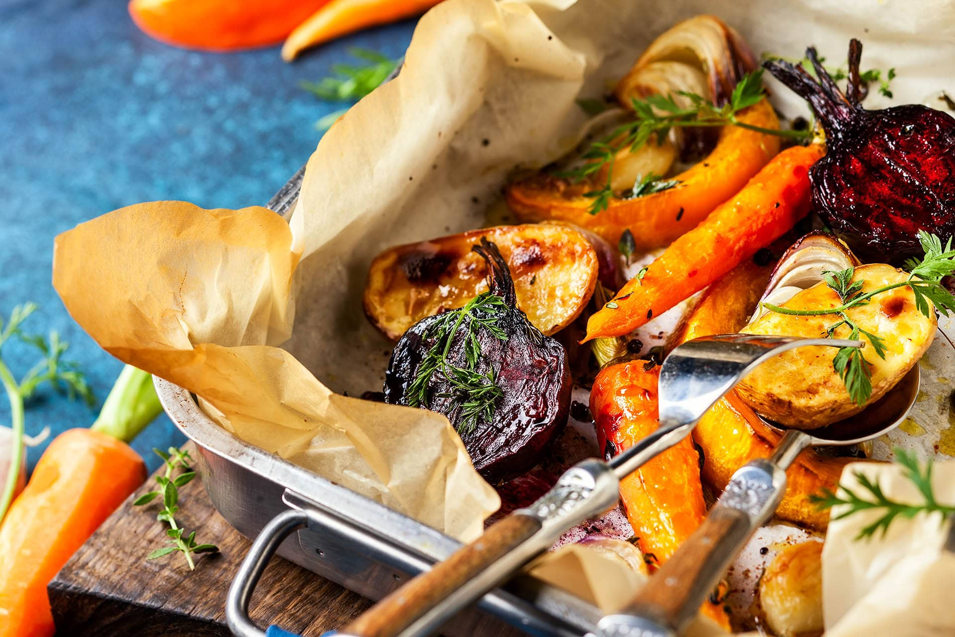 Sheet Pan Roasted Root Vegetables via @mermaidsandmojitos