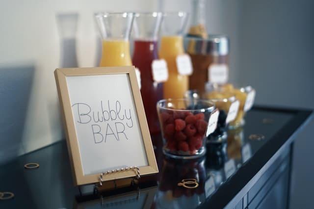 Create a Mimosa Bar for Brunch via @mermaidsandmojitos