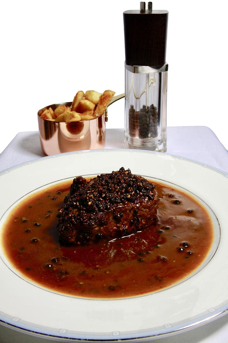 Classic Steak Au Poivre | Pepper Crusted Steak in Cognac Sauce via @mermaidsandmojitos